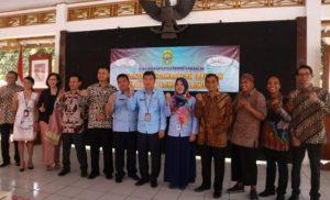 Pengurus BPPD Bantul berfoto bersama usai dilantik.