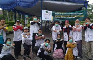 Sivitas UMY saat aksi sosial lawan Covid 19