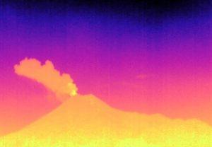 Letusan 27 Maret 2020 pukul 21.46 WIB dari Thermalcam Pangukrejo