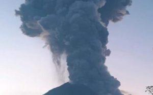 Tampilan visual gunung Merapi saat erupsi beberapa waktu lalu.