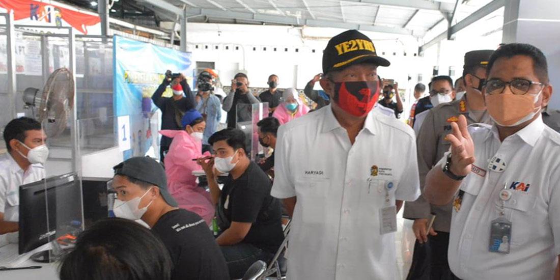 Pencanangan kawasan wajib masker – vaksin Stasiun Yogyakarta