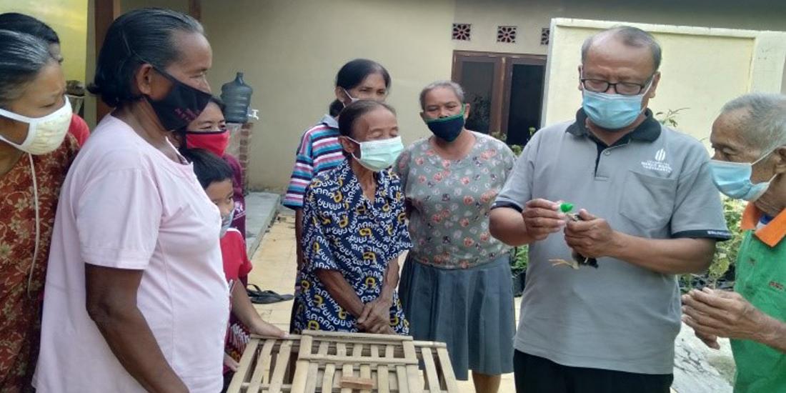 Pengabdian UMBY, Berdayakan Kelompok Ternak Ayam Kampung di Sumberarum